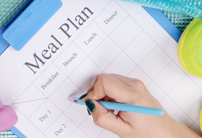 52 Weeks to a Healthier You: Meal Planning Tips for Moms