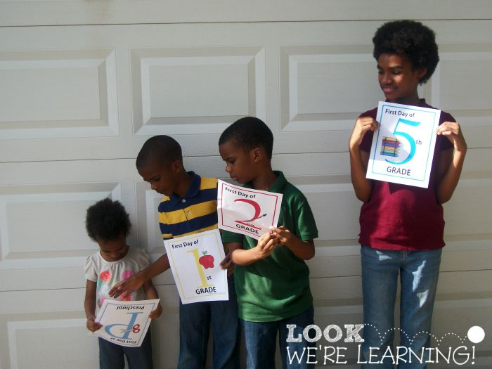Homeschool Student Photos - Look! We're Learning!