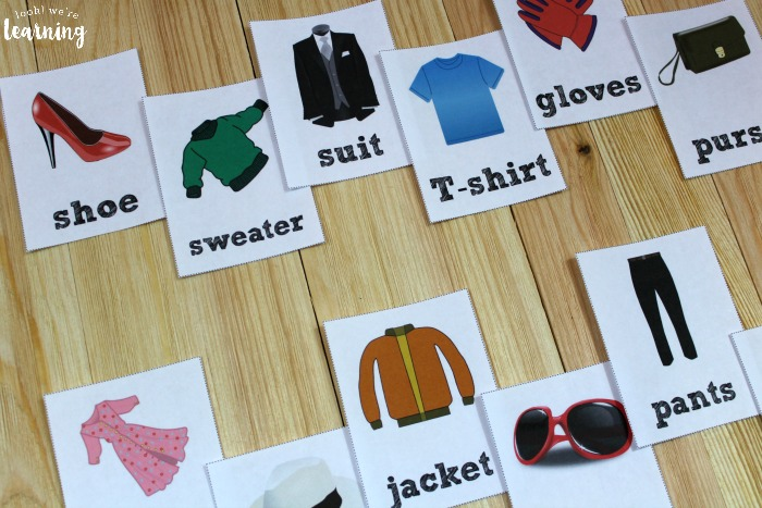 English and Spanish Clothing Word Flashcards
