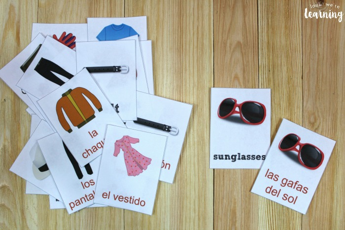 Printable Spanish Clothing Word Flashcards for Kids
