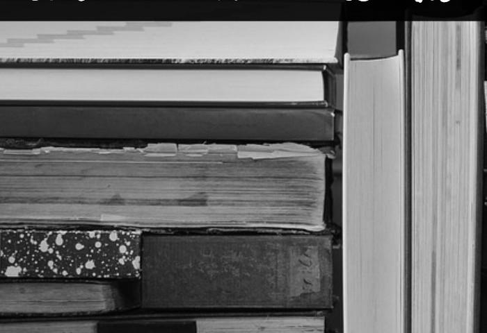 Minimalist Homeschooling: How to Declutter Books