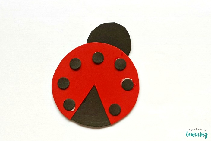 Simple Paper Ladybug Craft for Kids to Make