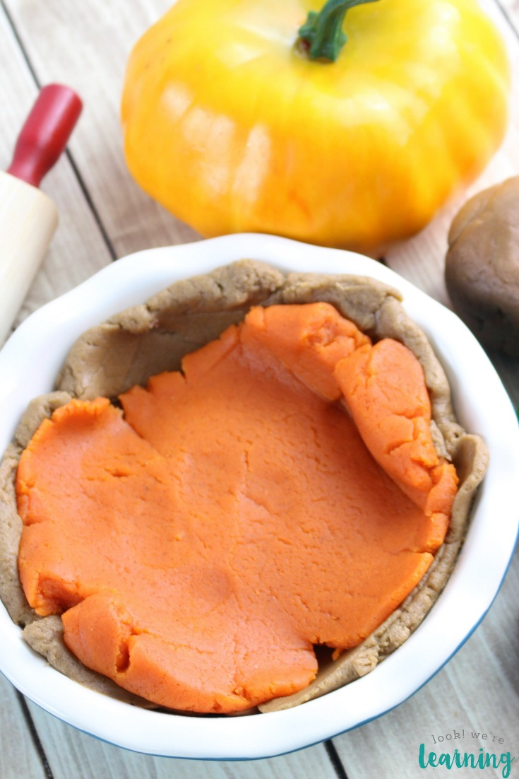 DIY Scented Pumpkin Pie Playdough Recipe for Kids