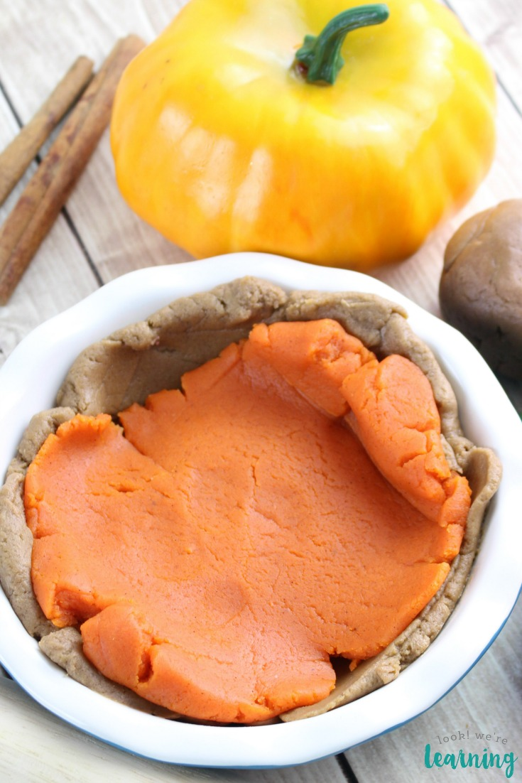 Easy Pumpkin Pie Playdough Recipe for Kids