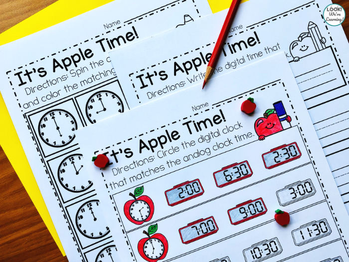 Apple Analog and Digital Telling Time Math Center
