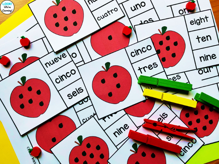 Apple Counting to Ten Clip Cards in English and Spanish