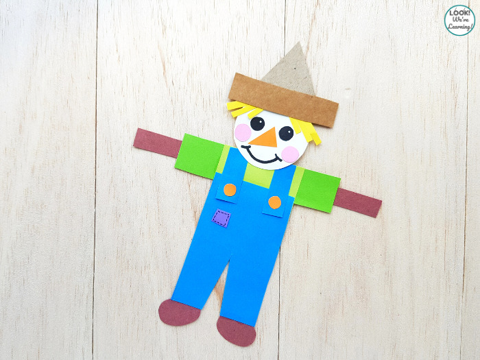 Easy Scarecrow Craft for Fall
