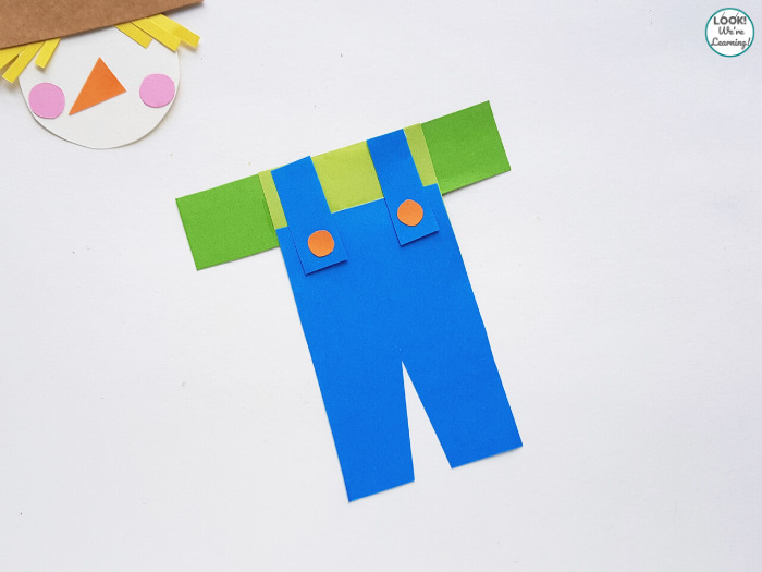 How to Make a Paper Scarecrow