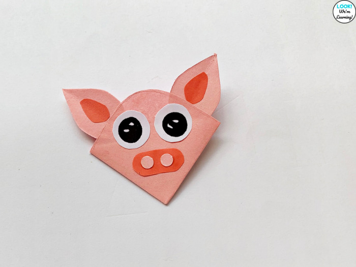 Easy Pig Bookmark for Kids to Make